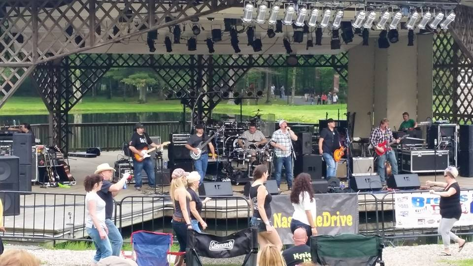 Nashville Drive Ct Country Band Paying Tribute To Artist